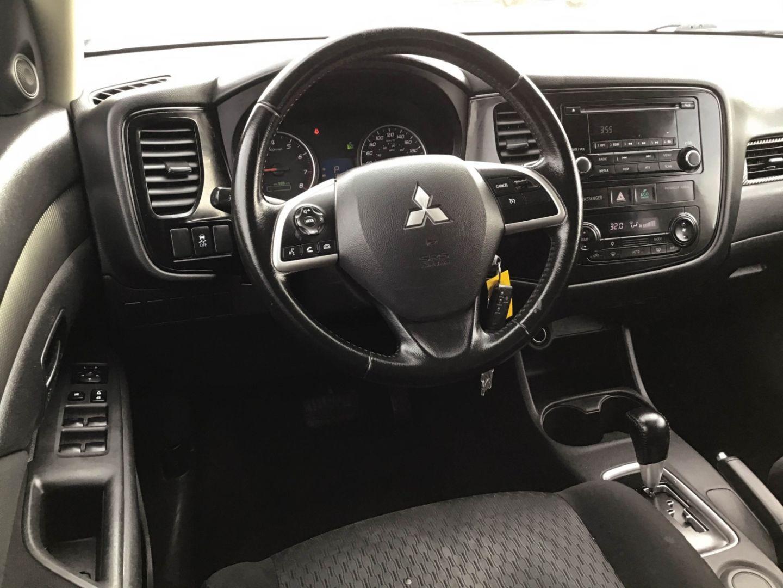 2014 Mitsubishi Outlander ES for sale in Edmonton, Alberta