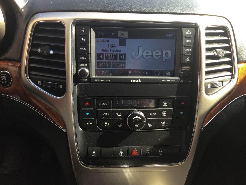 2011 Jeep Grand Cherokee Overland for sale in Edmonton, Alberta