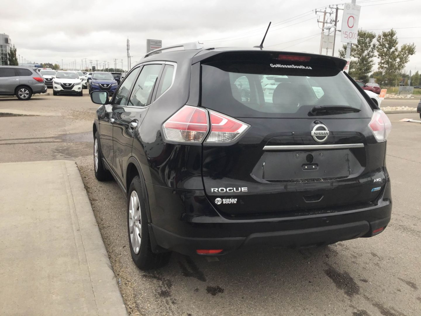 2014 Nissan Rogue SV for sale in Edmonton, Alberta