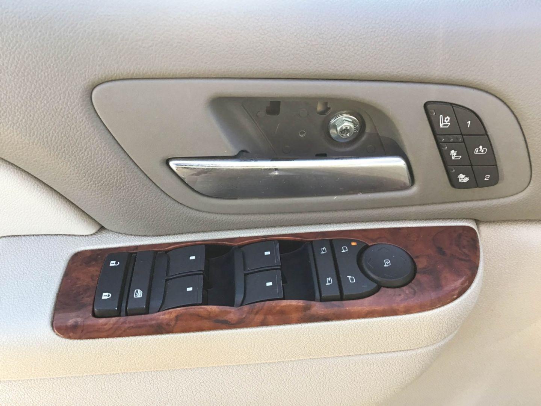 2010 Chevrolet Avalanche LTZ for sale in Edmonton, Alberta