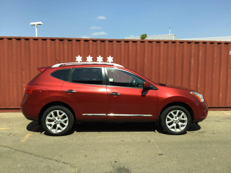 2013 Nissan Rogue SL for sale in Edmonton, Alberta
