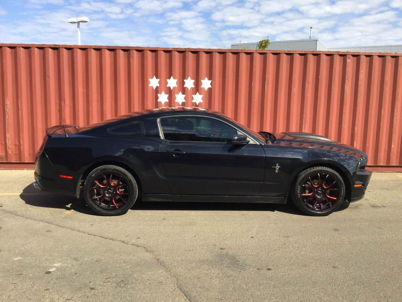 2013 Ford Mustang V6 for sale in Edmonton, Alberta