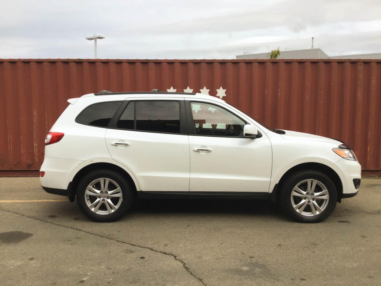 2012 Hyundai Santa Fe Limited w/Navi for sale in Edmonton, Alberta