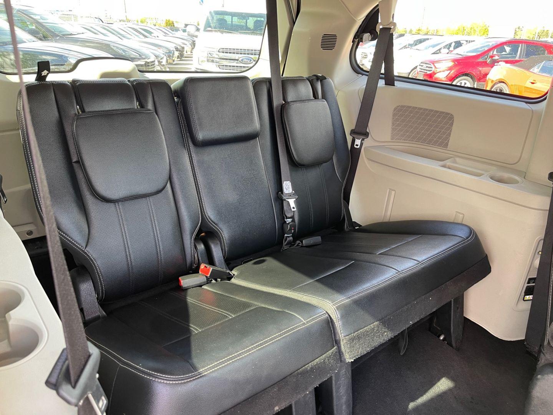 2014 Dodge Grand Caravan Crew for sale in Edmonton, Alberta