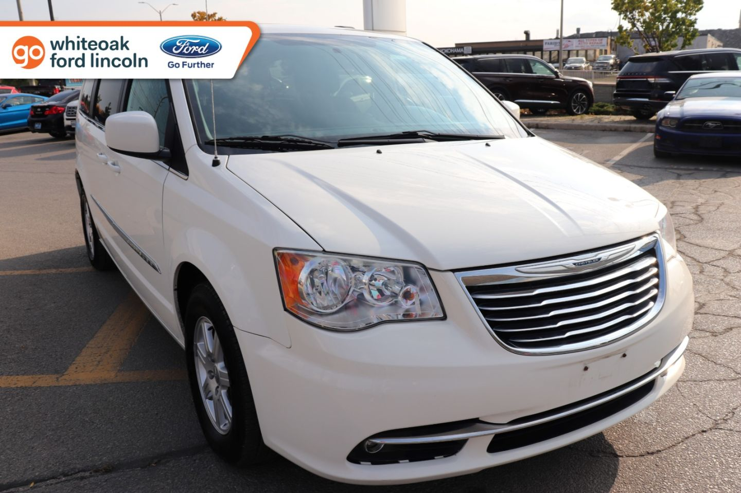 2012 Chrysler Town & Country Touring for sale in Mississauga, Ontario