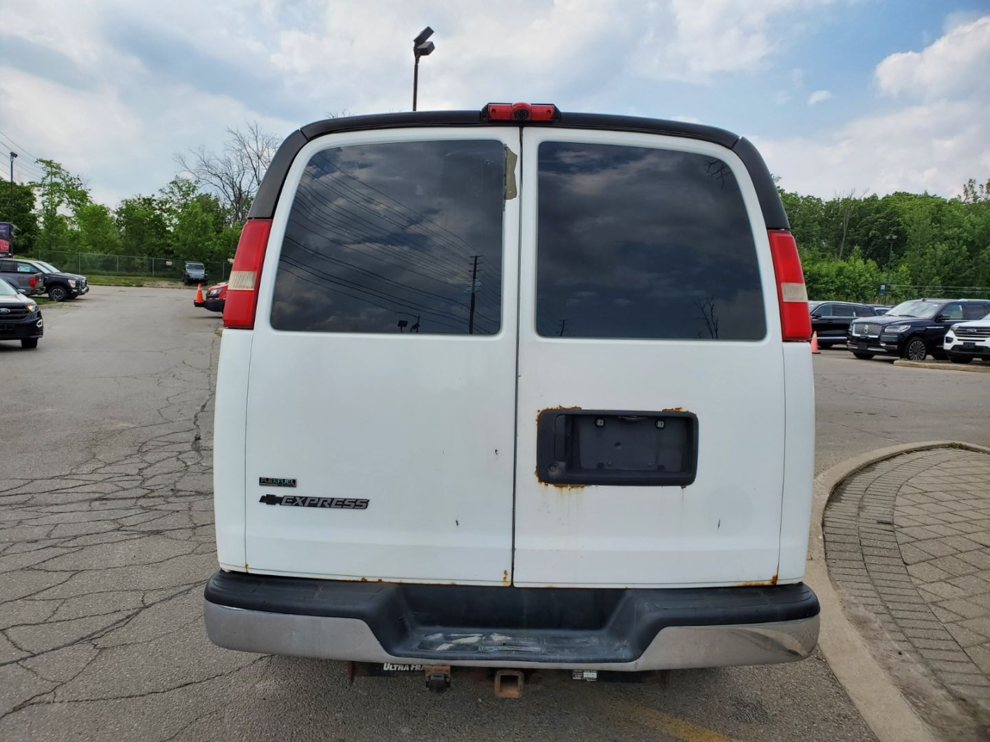 2010 Chevrolet Express Cargo Van  for sale in Mississauga, Ontario