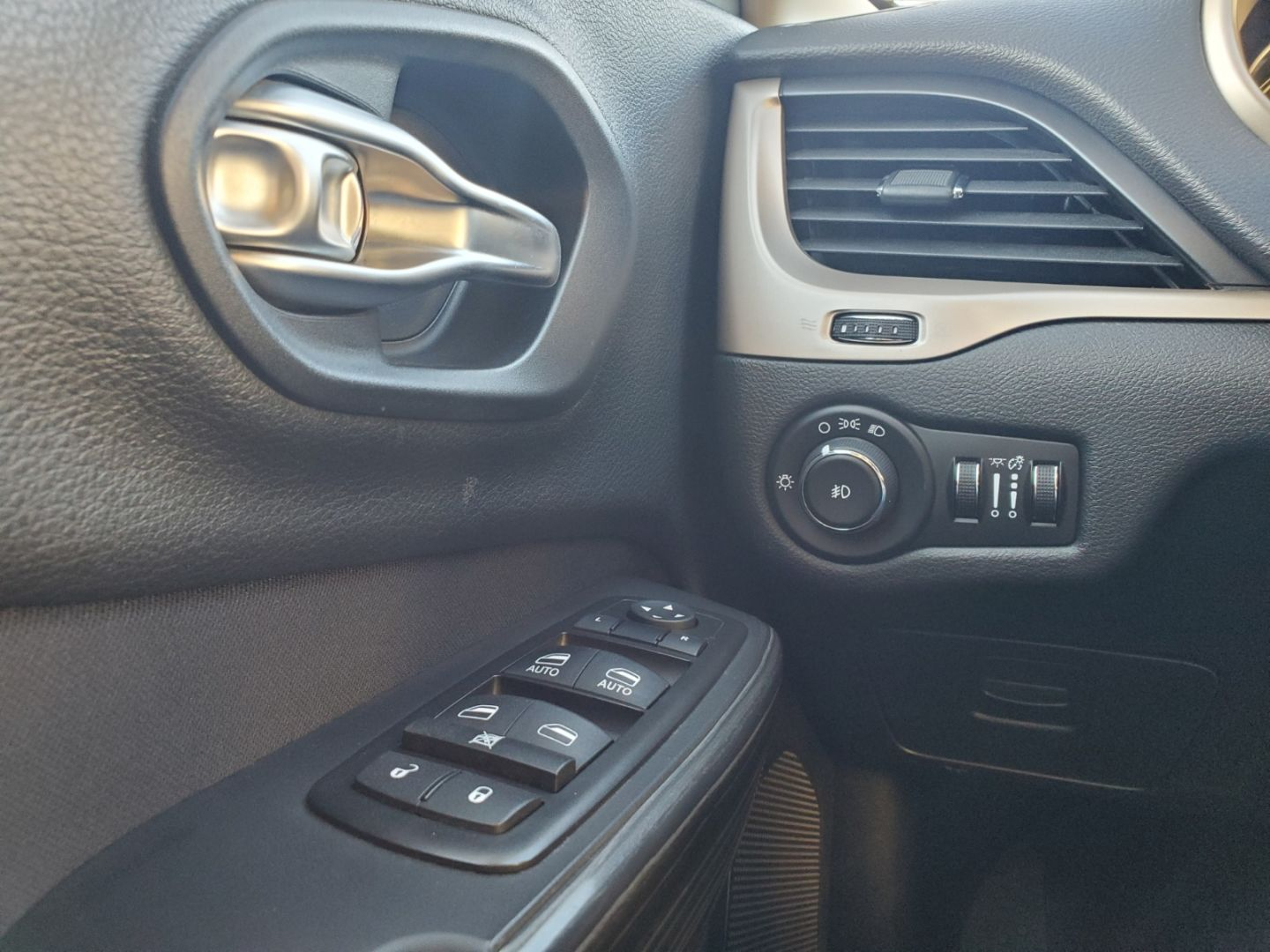 2014 Jeep Cherokee North for sale in Mississauga, Ontario