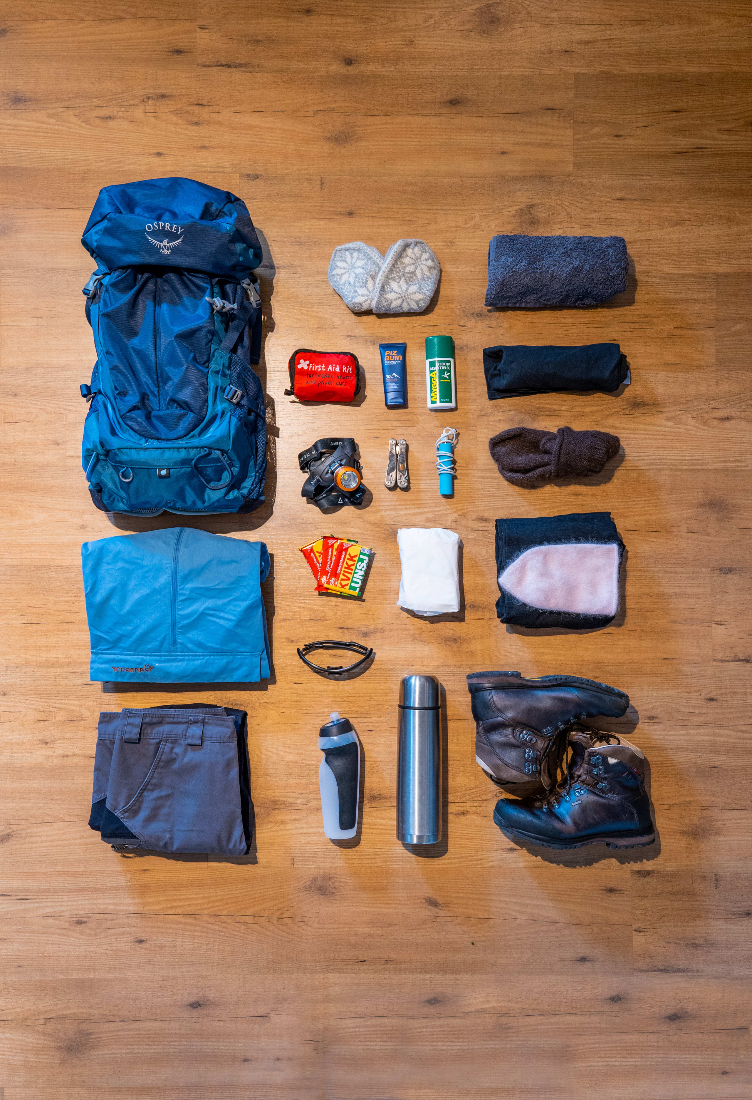 Equipment needed for the Preikestolen hike