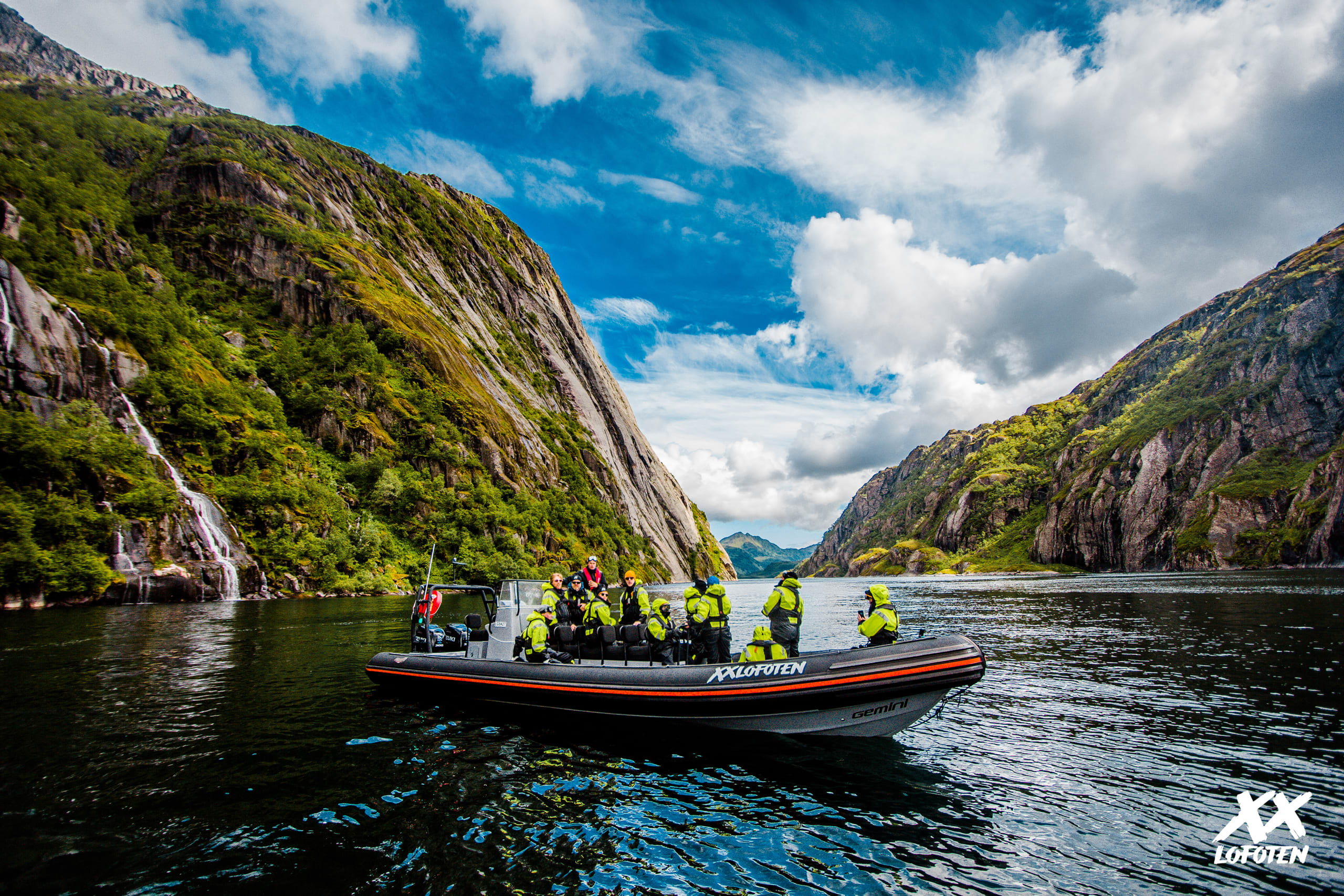 Rib Safari in Trollfjorden with XXLofoten