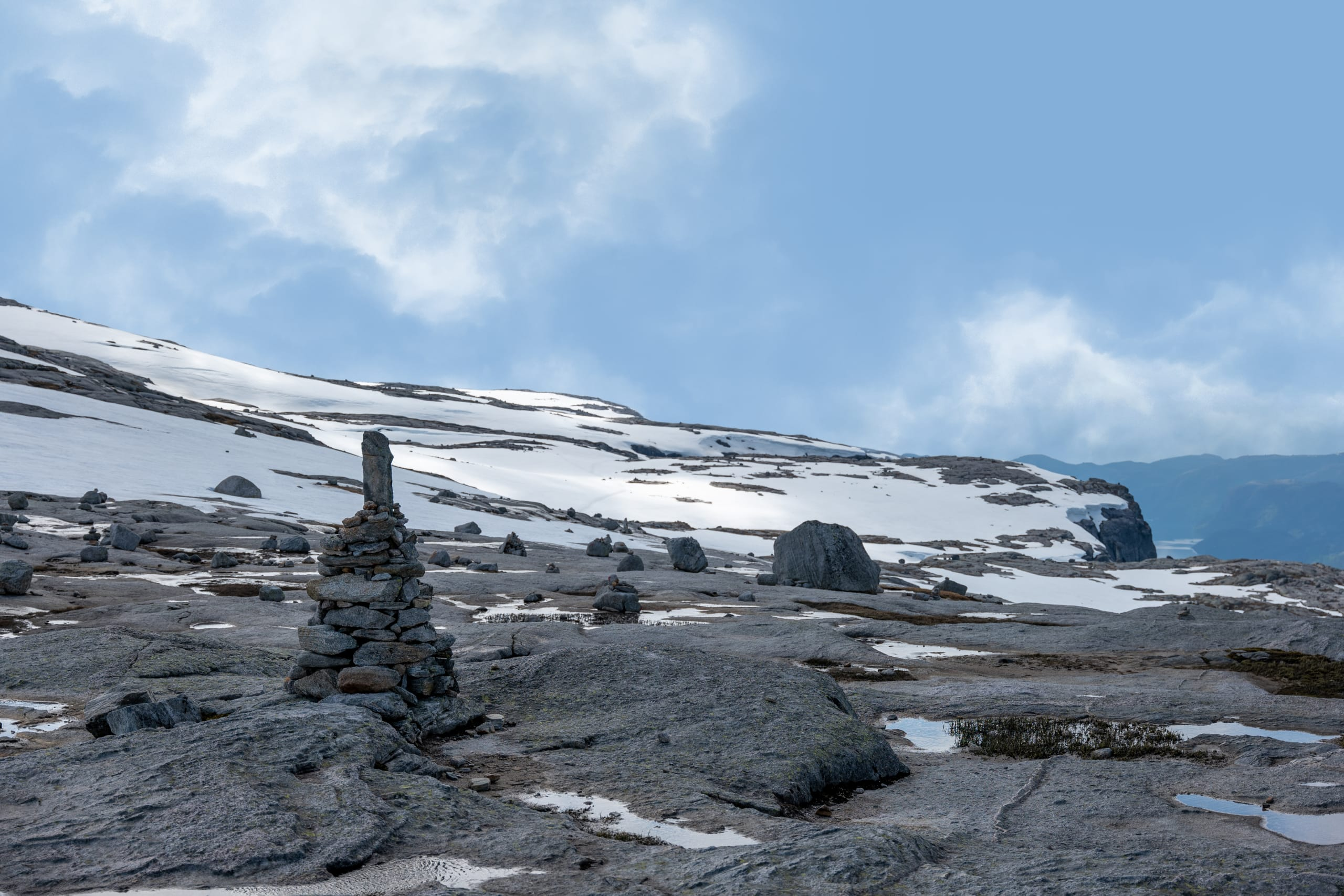The plateau of mount Kjerag