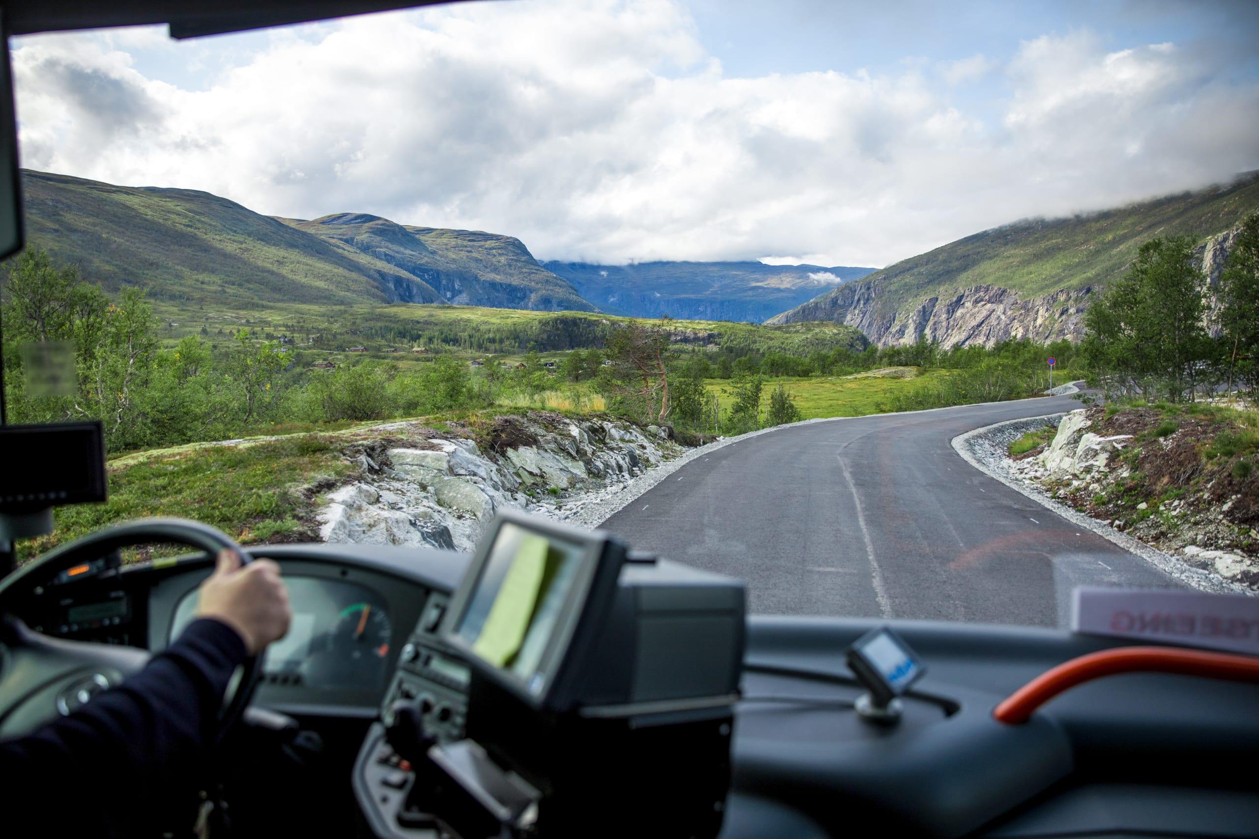 Bus driving in Hardanger