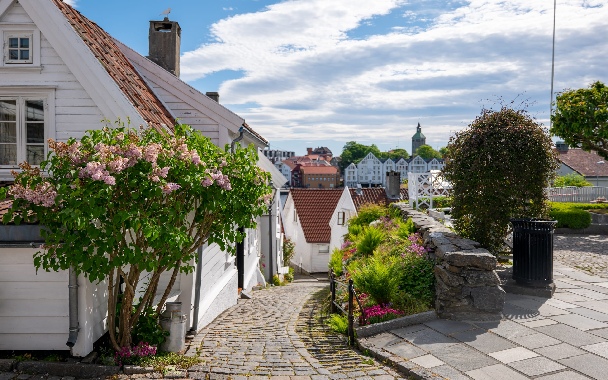 Narrow alley in the old part of Stavanger city