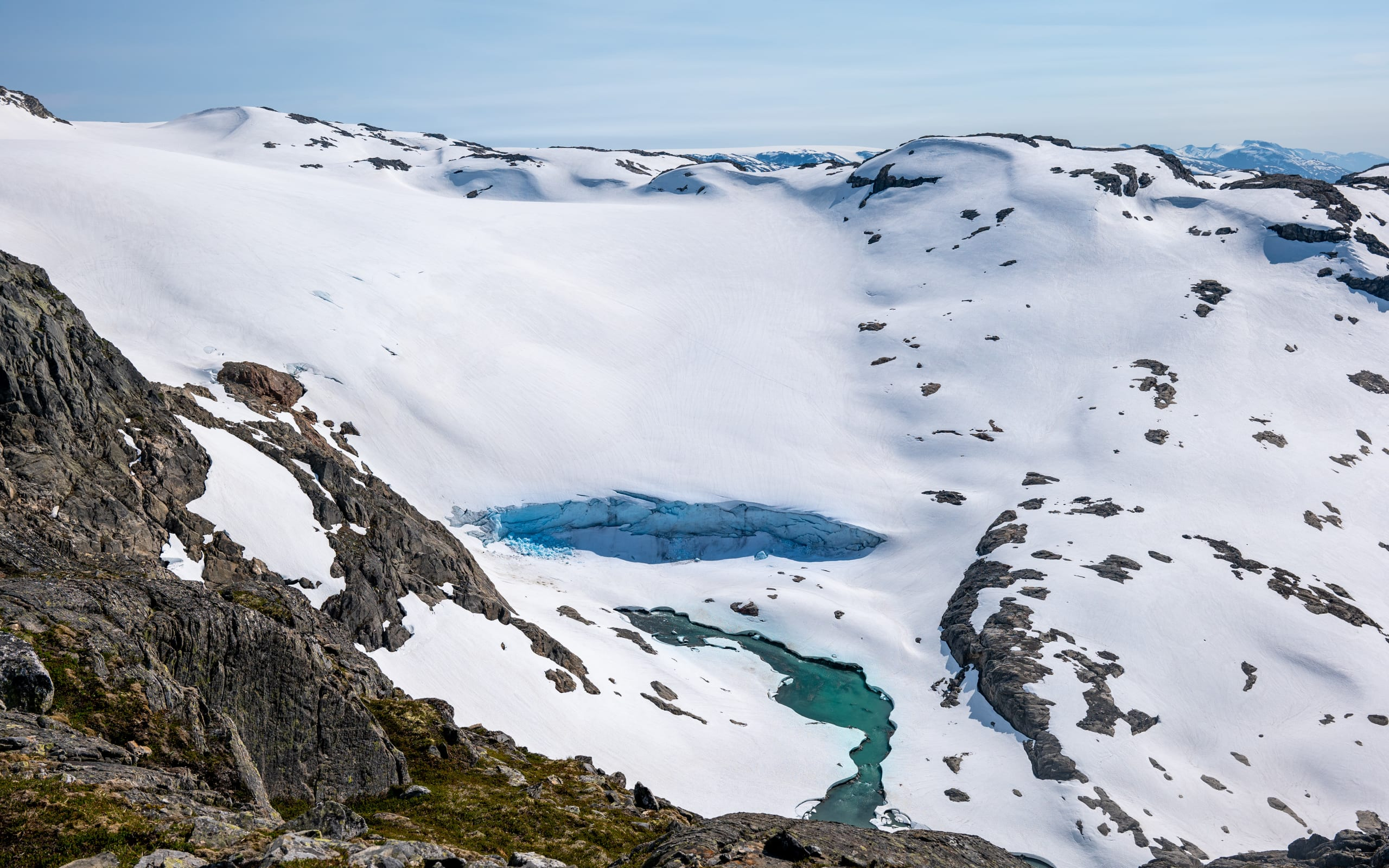 Snow covering the Folgefonna glacier