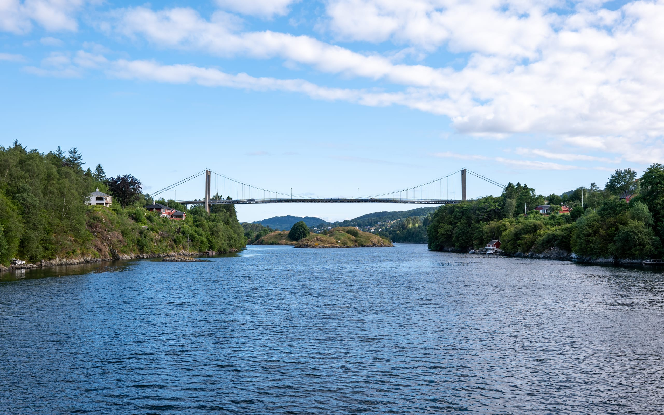 Bridge crossing the Alverstraumen