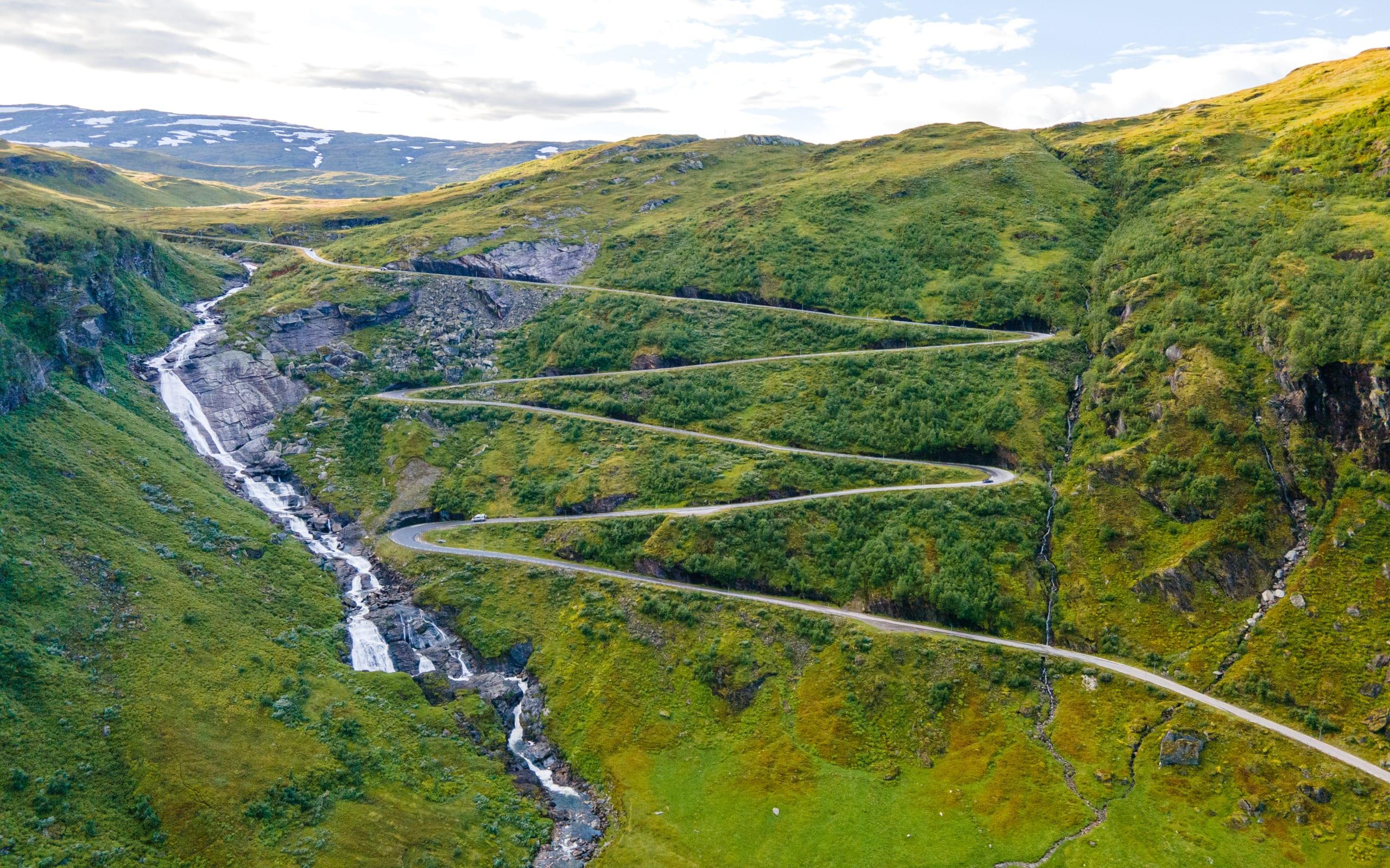 Winding road leading up to Vikafjell