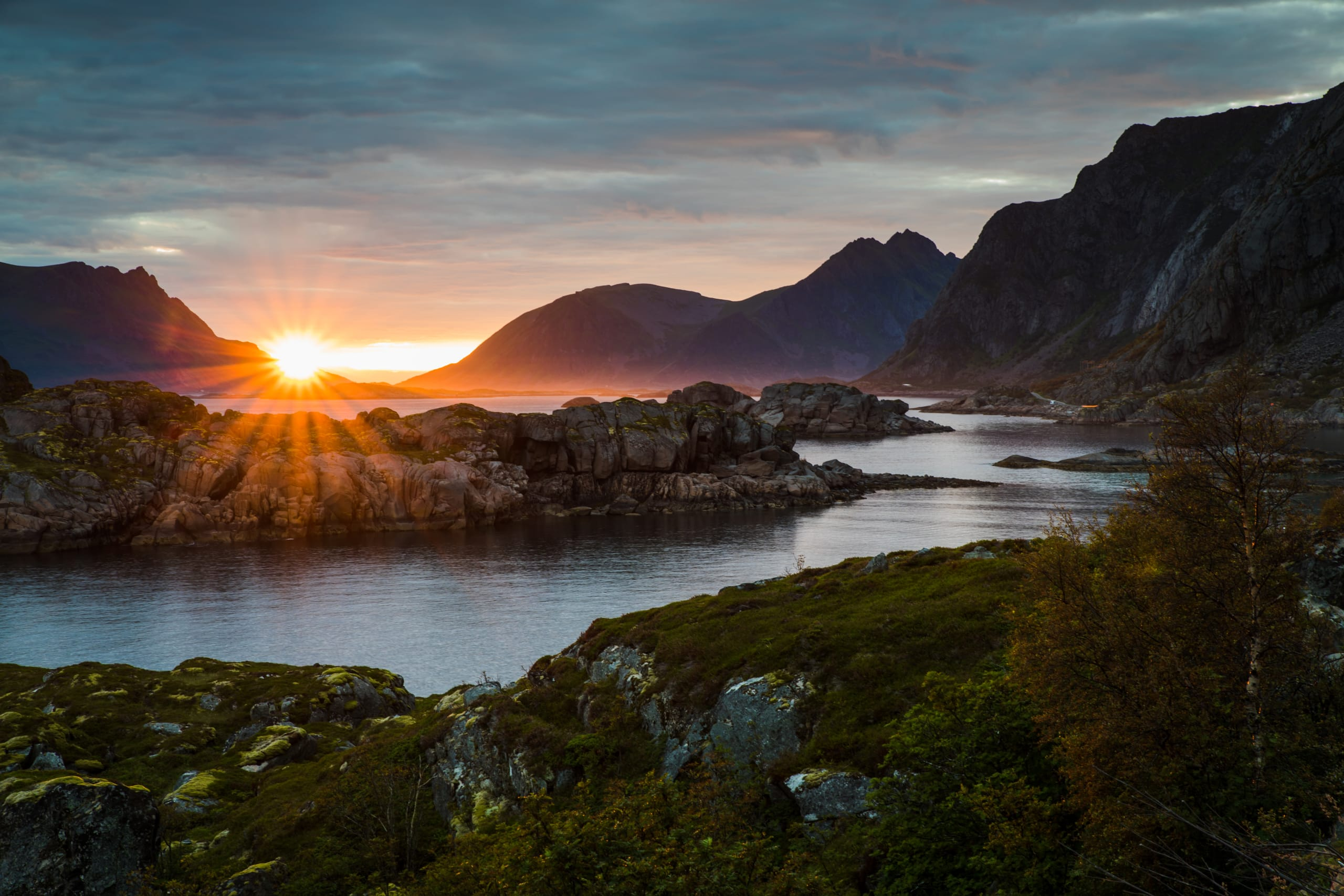 Midnight sun in Lofoten