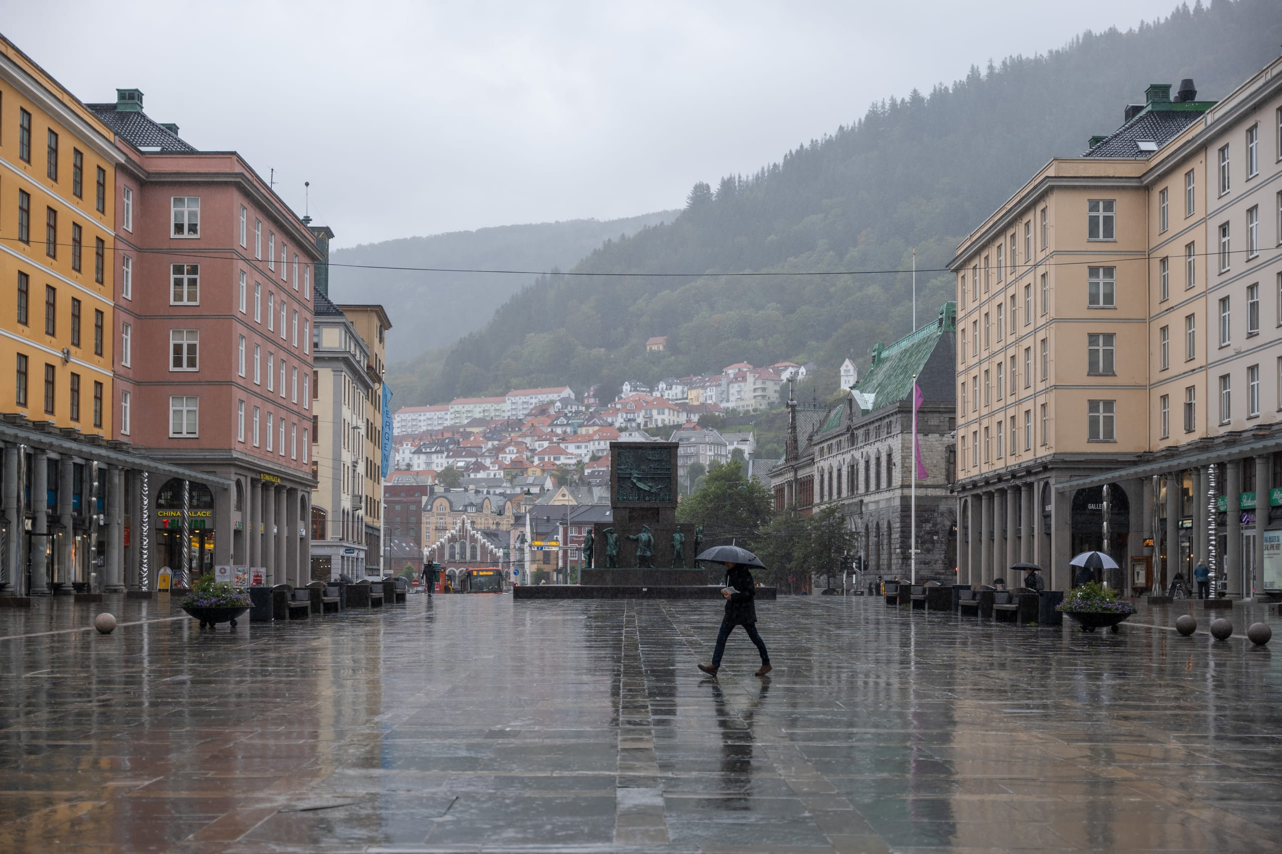 Rainy weather at Torgalmenningen