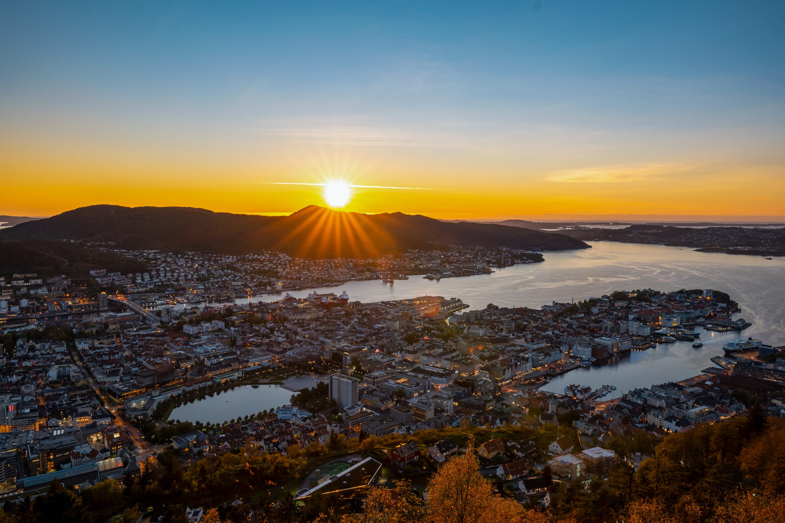Golden sunset in Bergen