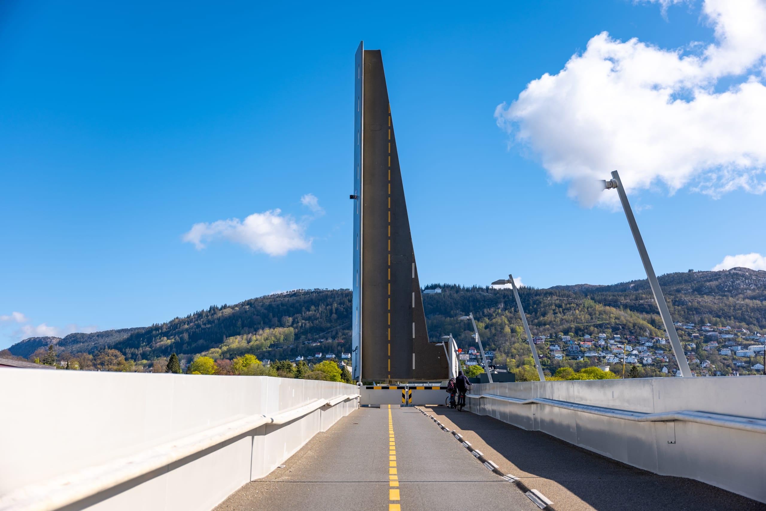 Små Pudden bridge crossing the narrow strait of Puddefjorden