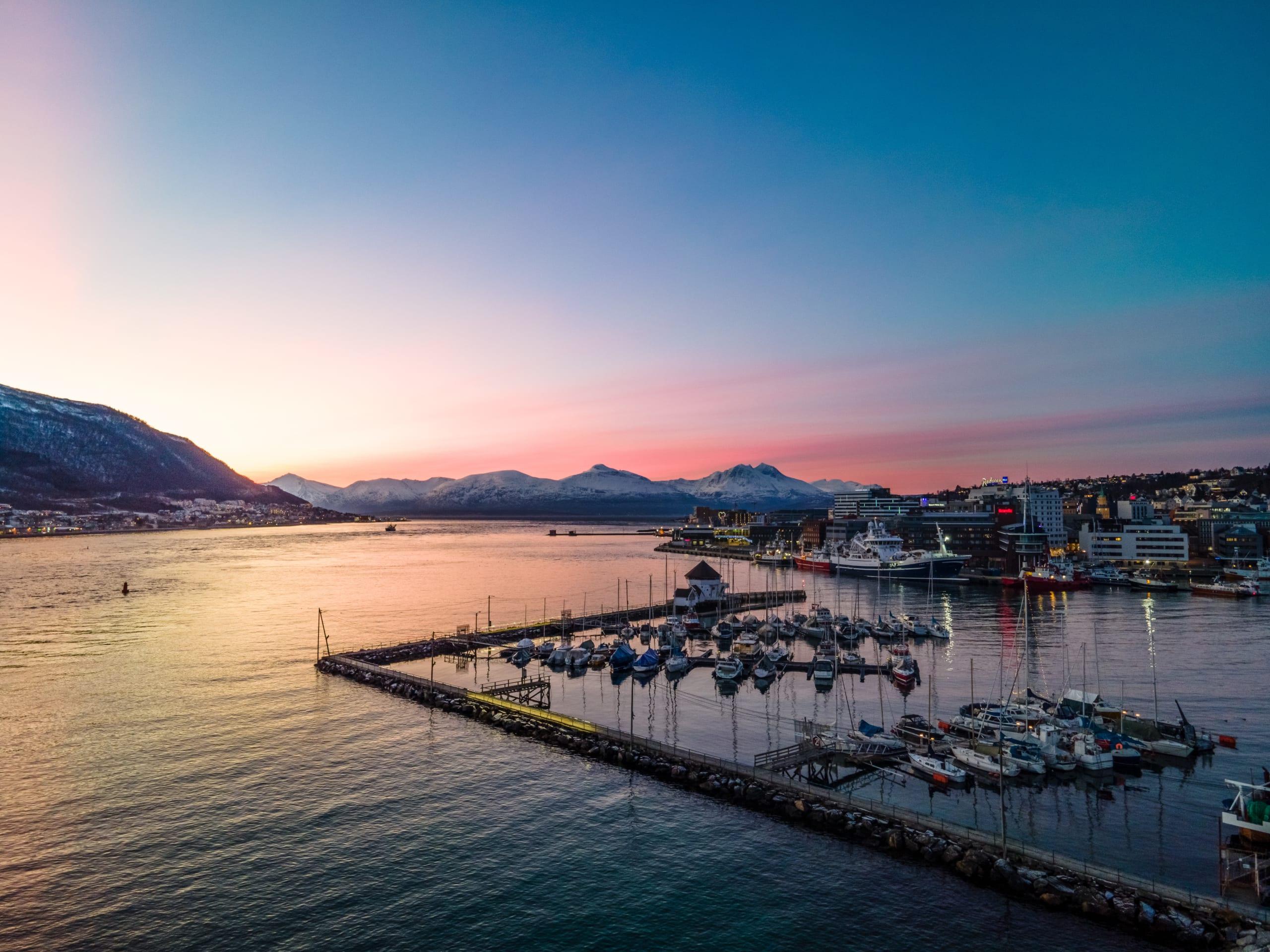 Pink sky at Tromsø waterfront