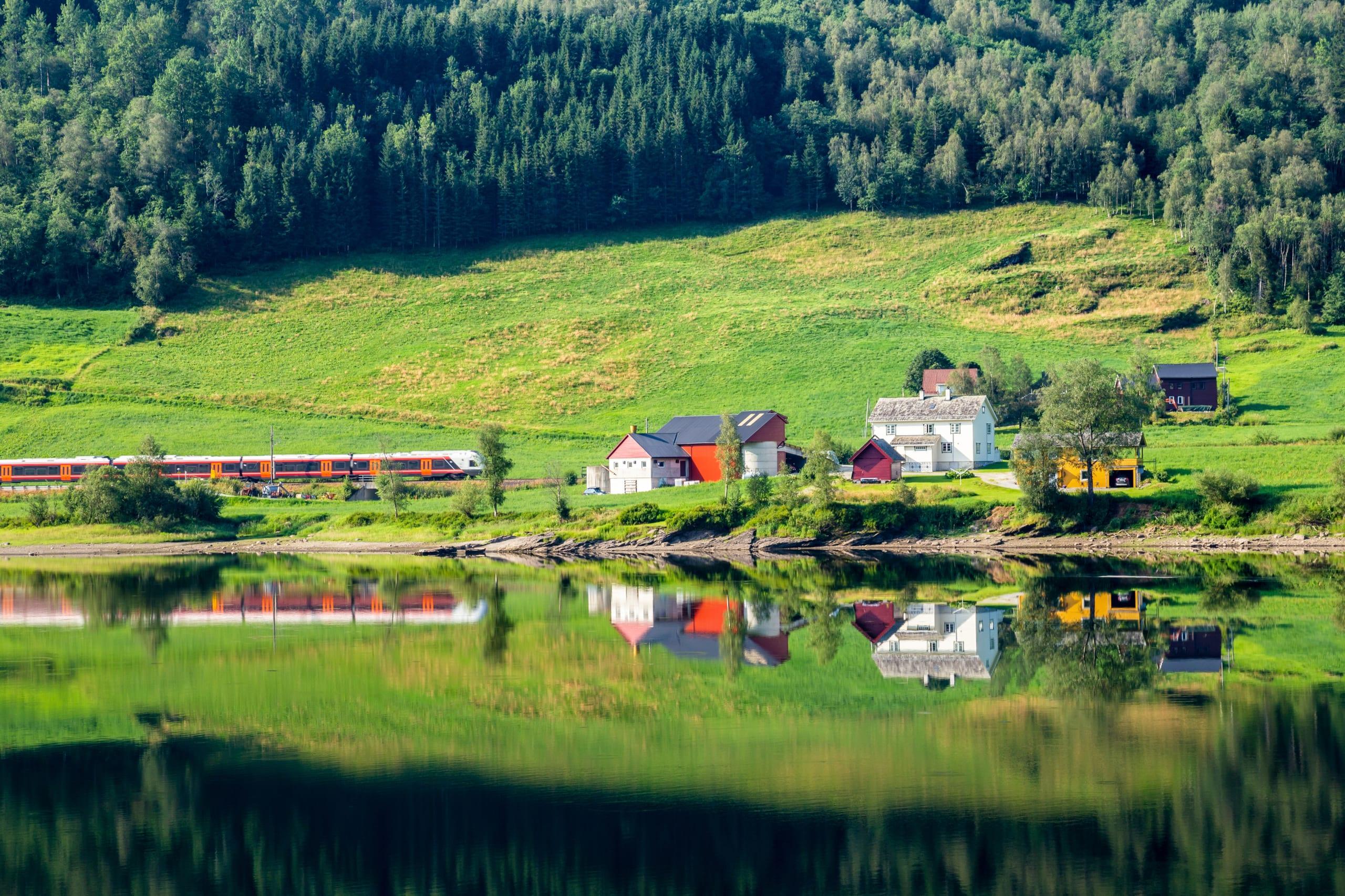 Vangsvatnet lake in Voss