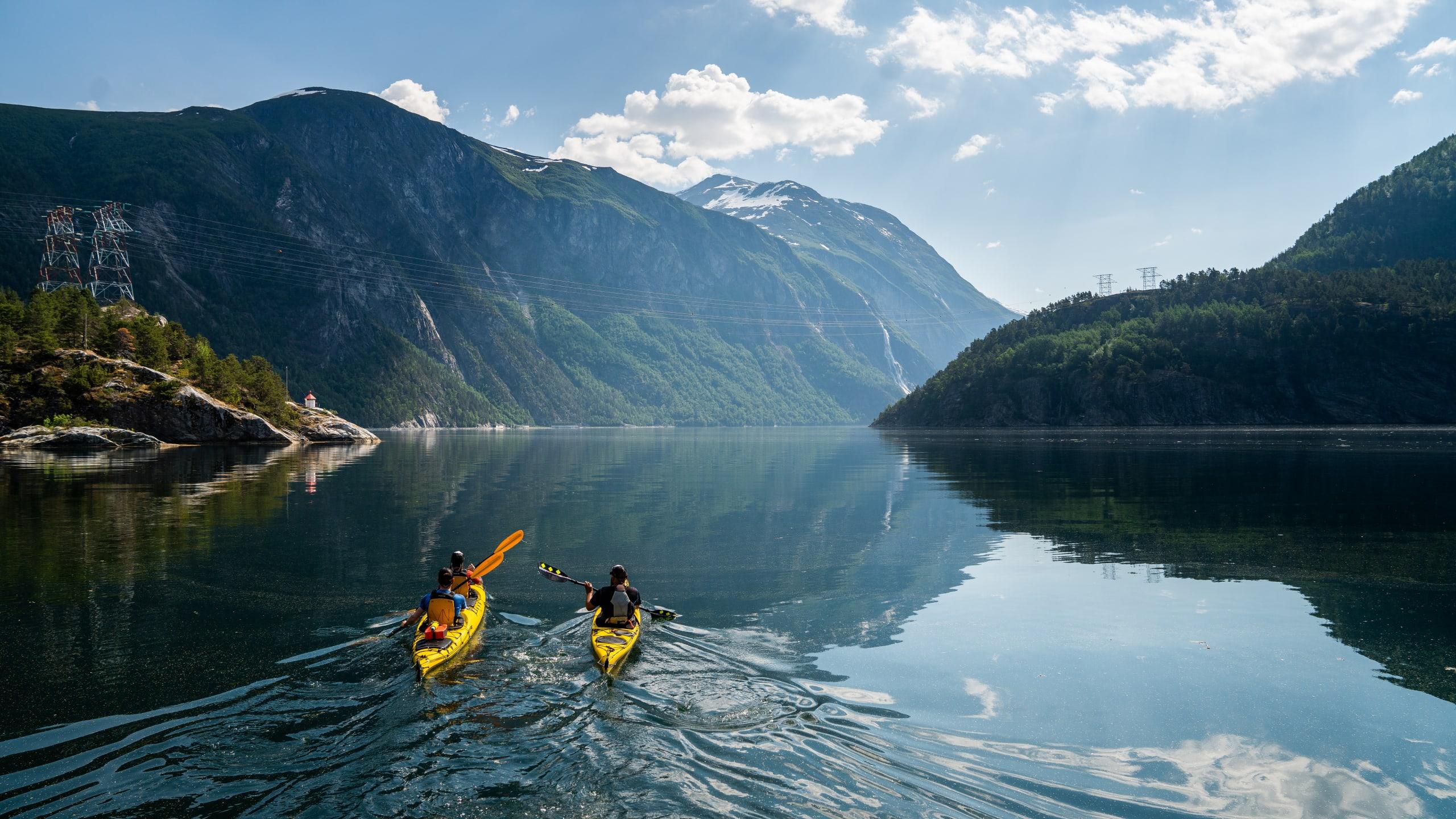 Sea kayaking in Valldal
