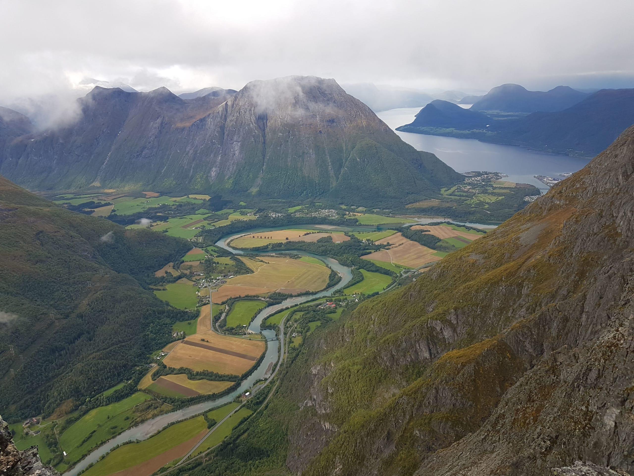 View from Romsdalseggen