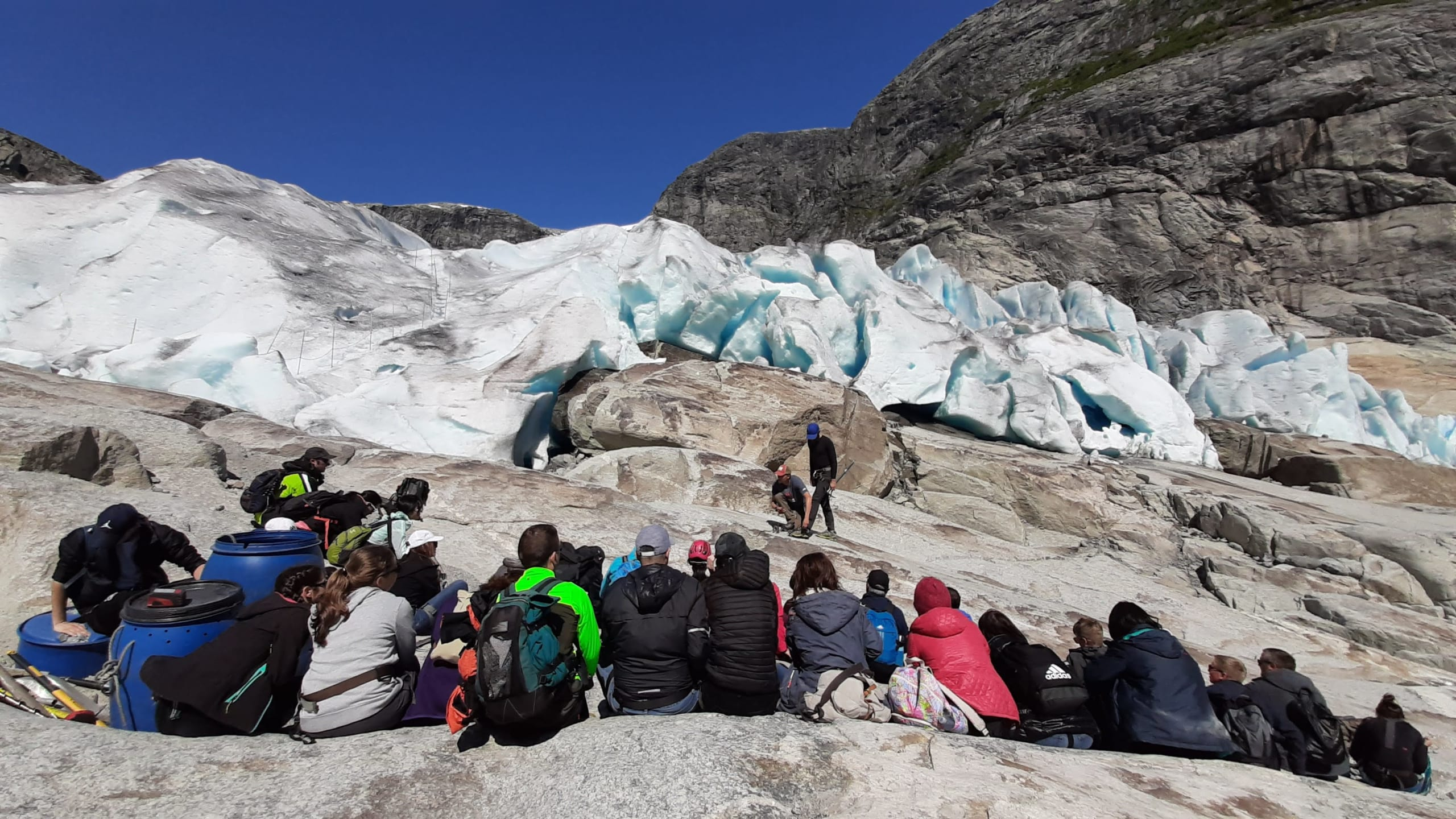 Lunch break at Nigardsbreen
