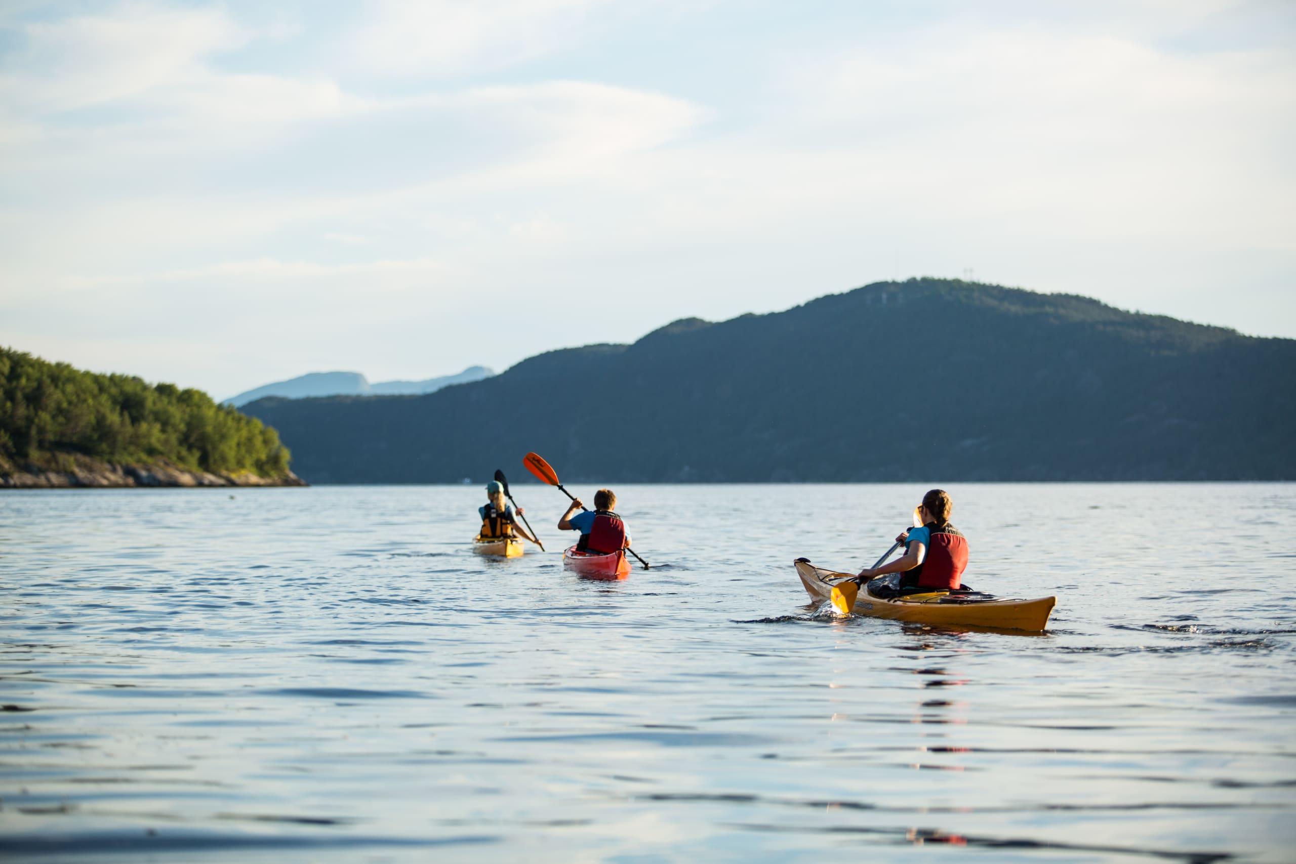 Kayaking on the Hardangerfjord starting from Jondal