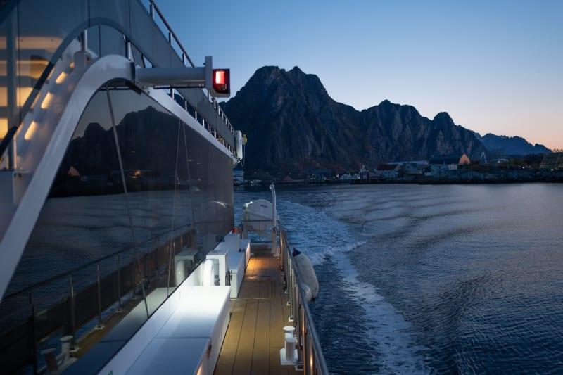 Brim sailing out of Henningsvær