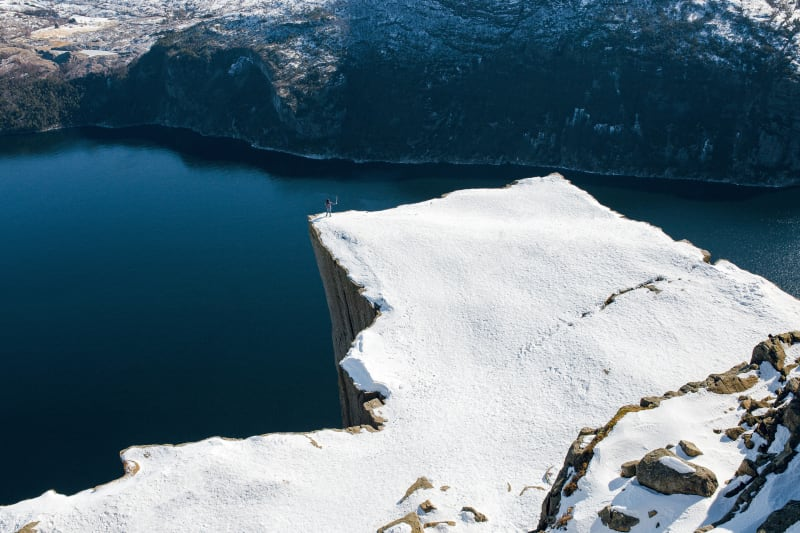 Preikestolen winter hike
