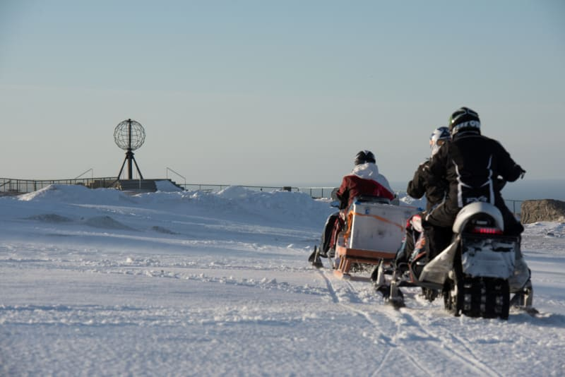 Snowmobile safari to Nordkapp