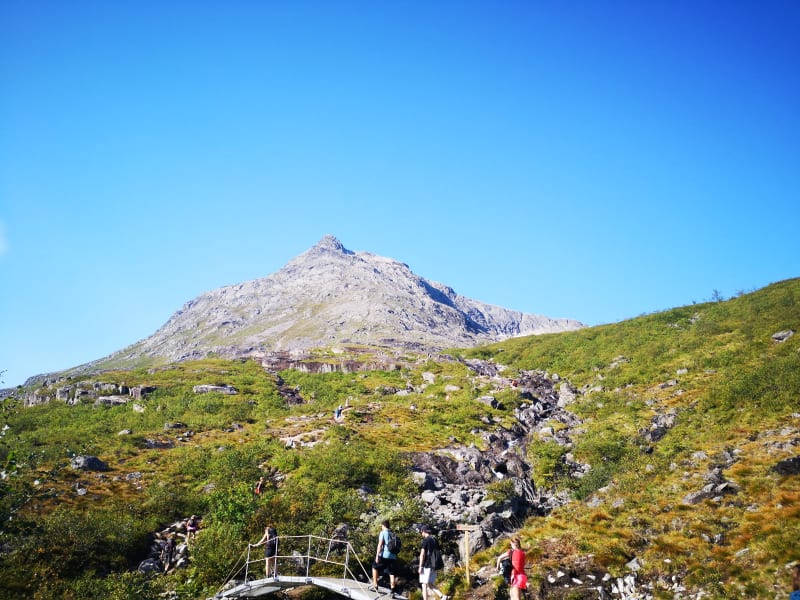 Hikes going up to Romsdalseggen