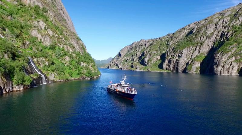 MS Øykongen sailing in Trollfjorden