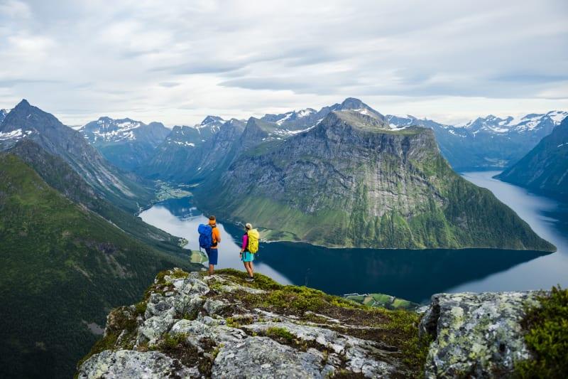 Hikers on the summit of Mount Saksa