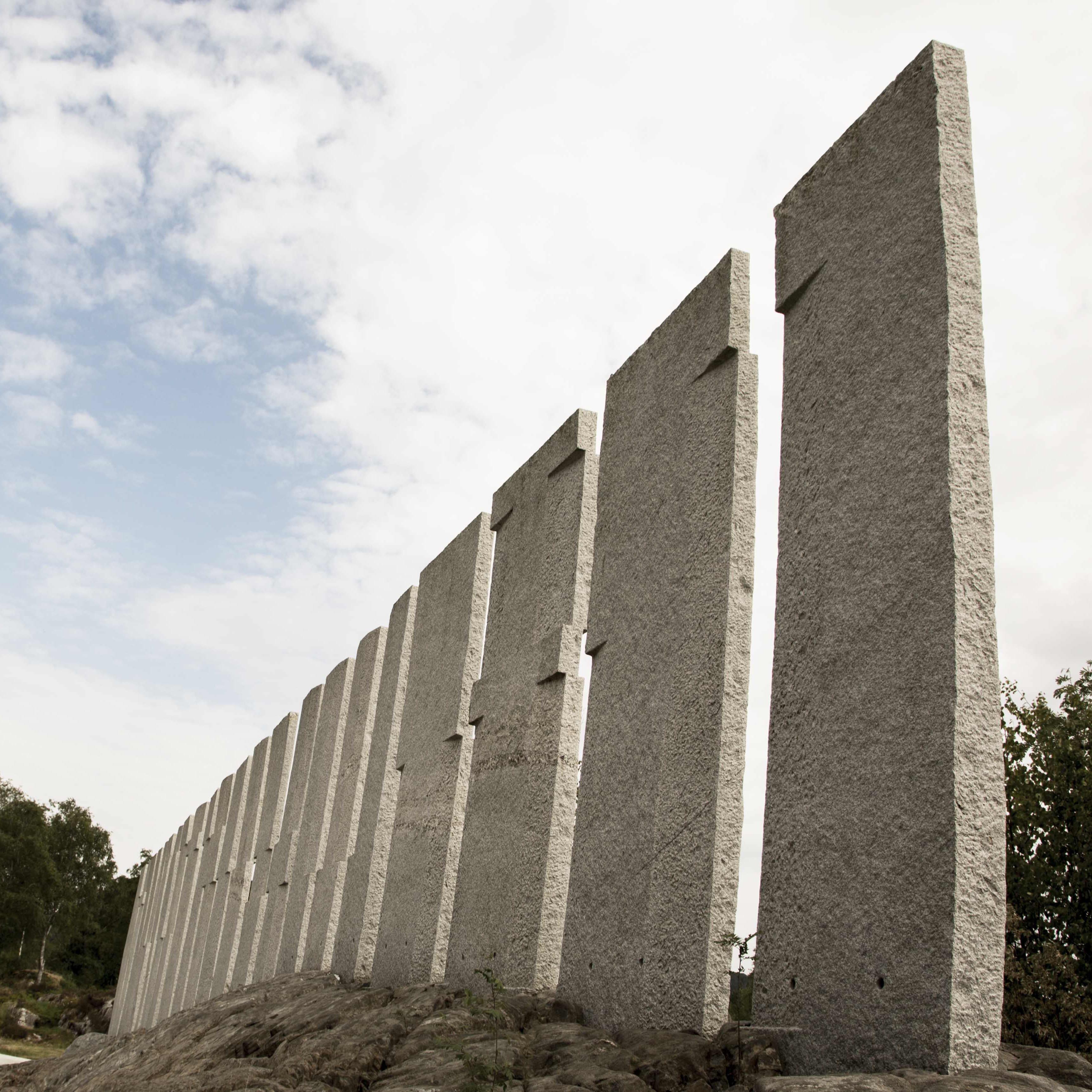 Tingveggen at Gulatinget is an art instalation created by famous artist Bård Breivik.