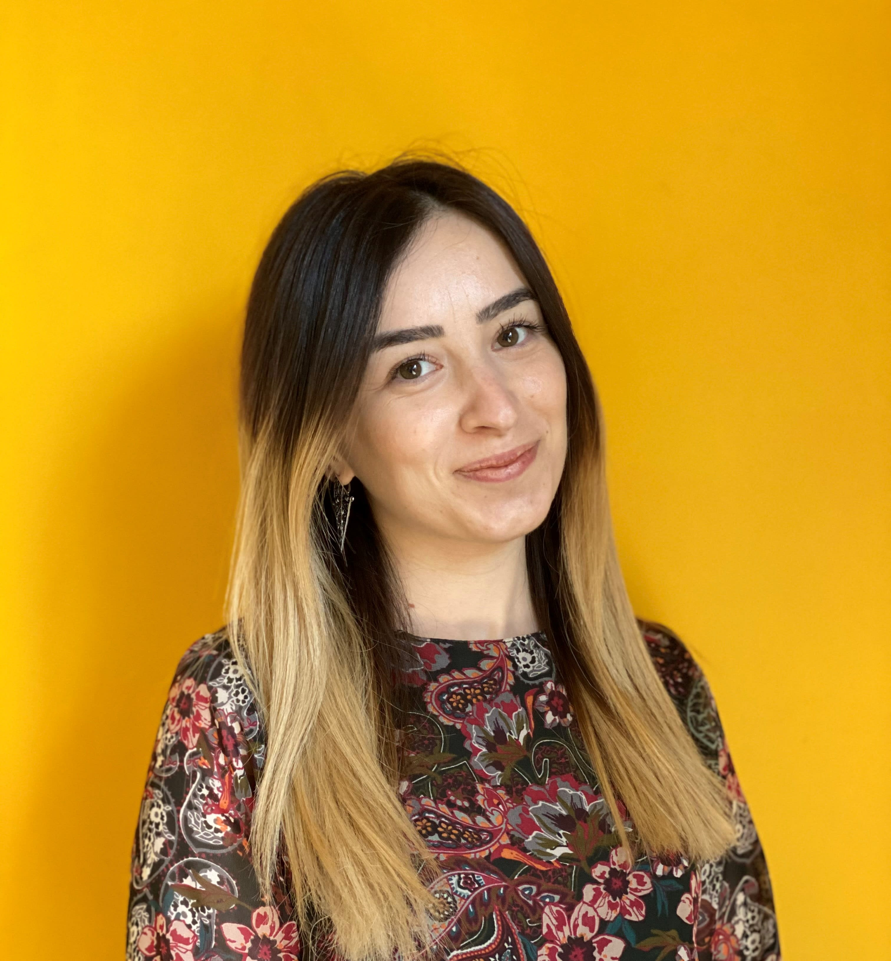 An Exclusive Interview with Sirarpi Sahakyan - A Popular YouTuber for Freelancers