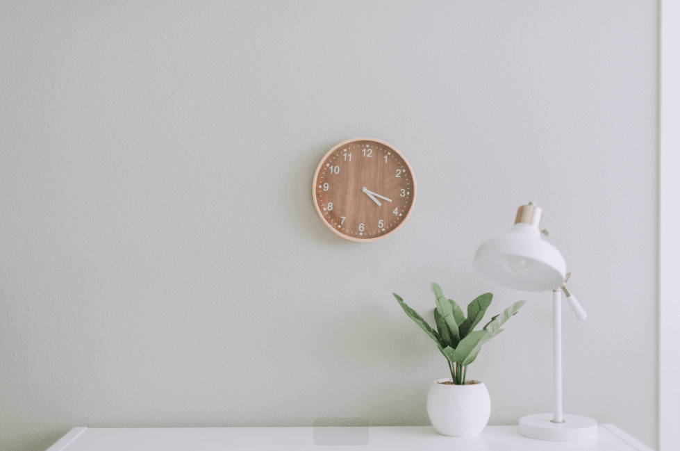 What Is The Best Way To Charge For Freelance Work: Hourly or Fixed Rate?