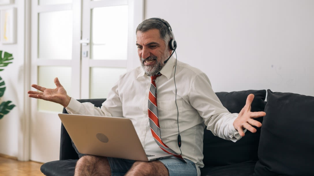 Top 6 Ways to Manage and Boost Your Team Wellness while Working from Home