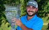 Da ist das Ding! Mit dem Sieg bei der Rust Oleum Championship sichert sich Stephan Jäger gleichzeitig die PGA-Tour-Karte. (Foto: twitter.com/WebDotComTour)
