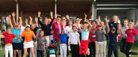 Viel Spaß hatten die jungen Golferinnen beim Sandra Gal Charity Event. (Foto: Golf Post)