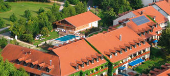 Das Hotel Drei Quellen Therme liegt im bayrischen Bad Griesbach. (Foto: Hotel Drei Quellen Therme)