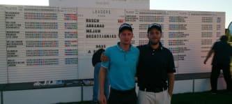 Moritz Klawitter (re.) mit Freund und Caddie Marcel Maurice Wilke beim Saisonfinale der Pro Golf Tour. (Foto: Moritz Klawitter)