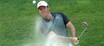 Rory McIlroy erwischt einen schlechten Start, hält sich aber schließlich doch noch an der Spitze. (Foto: Getty)