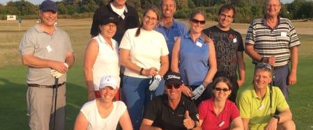 Erste Golferfahrungen mit dem Platzreifekurs bei West Golf
