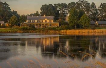 Aussenansicht der Gowrie Farm Golf Lodge (Foto: Gowrie Farm)