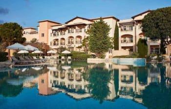 Das Aphrodite Hils Hotel liegt im Südwesten Zyperns. (Foto: Aphrodite Hills Hotel)