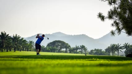 Palm Hills Golf Club - Dieser typisch thailändisch angelegte Golfplatz, wird Sie begeistern. (Foto: keepthemoment)