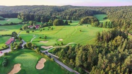 Golfanlage Gerhelm: Hier zu sehen Bahnen 8, 9 und 13. (Foto: 500% Golf)