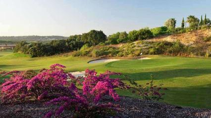 Golfen Sie an der Algarve auf traumhaften Plätzen. (Foto: Vidamar Resort Hotel)